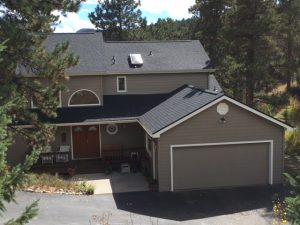 Roofer in Evergreen CO